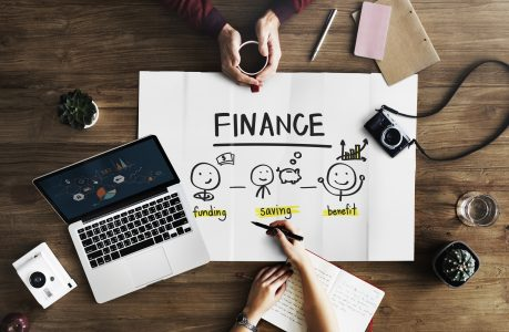 Thrifty Entrepreneurs: How to Raise Money for a Business without a Loan